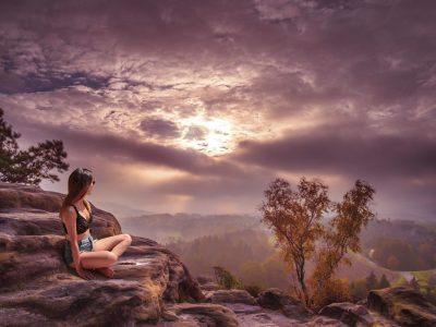 nature-horizon-cloud-sky-sun-woman-1198483-pxhere.com_.jpg
